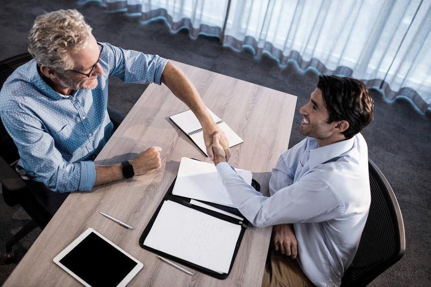 Как лучше уволиться: по соглашению сторон или по собственному желанию, в чем разница